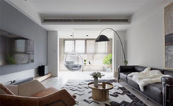 简约风格装修配皮艺沙发真大气,卧室飘窗改书桌特别实用!