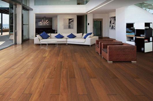 柚木地板清洁保养方法